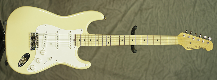 Tuttle Standard Classic S (Vintage Cream) **SOLD**