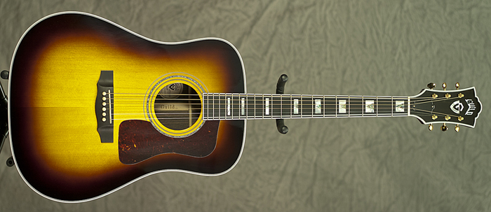 Guild D-55 Traditional (Antique Burst)